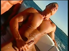 Two guys fucking and sucking on a boat in 6 episode