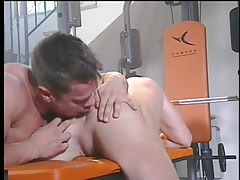A hardcore gay fuck in the gym in 2 episode