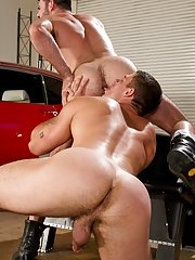 Derek Atlas gets his heart pounding, speeding out on the deserted highway; now he has a need for some hole-pounding action! Back at the Auto Erotic Sh