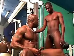 Black gay gets heavy ass nailing