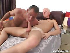 Bear dad sucks tasty guys cock