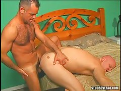 Mature bear gay fucks dilf in doggy style