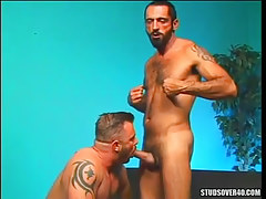 Bear gay sucked by hairy man