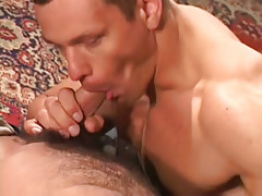 Untamed muscle gay sucks bear boyfriend