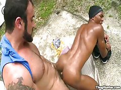 Bear daddy jazzes young black fruit in doggy style